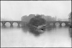 FRANCE. Paris. Ile de la Cité. Square of the Vert Galant and Pont-Neuf. 1951.Magnum Photos Photographer Portfolio