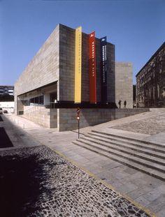 Centro Galego de Arte Contemporânea, Santiago de Compostela, Espanha, Álvaro Siza, 1993