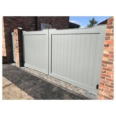 Cotswold Aluminium gates to look like a pair of Timber gates, Zero Maintenance, long life gates, any size can be made. House Designs Exterior, Driveway Design, House Gate Design, House Front, Front Garden, Entrance Gates Design, Wooden Gates Driveway, Sliding Gate