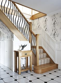 This decorative steel and timber staircase features Barcelona steel spindles as well as our Avon newel posts to give a contemporary look. Metal Stair Spindles, Iron Handrails, Wood Handrail, Stair Banister, Staircase Handrail, Iron Staircase, Metal Stairs, Modern Stairs, Banisters