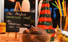 Cookies, chicletes, pão de mel e doces natalinos