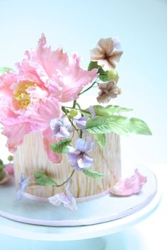 Detail of the Peony cake