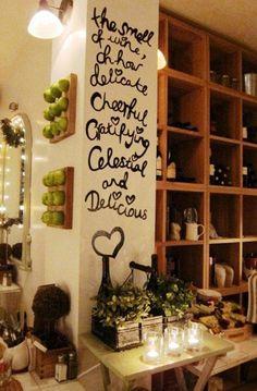 Love the shelves Bar Interior, Shop Interior Design, Design Shop, Best Coffee Shop, Coffee To Go, Cafe Restaurant, Restaurant Design, Restaurant Ideas, Bistro Decor