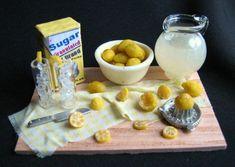 Fresh Lemonade : Betsy Niederer Miniatures, Dollhouse Miniature Food by an IGMA Fellow