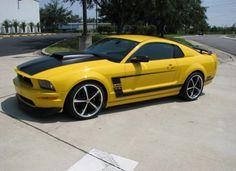 Fotos de carros amarelos: theTHROTTLE