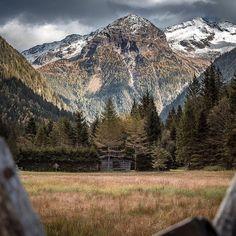 """Life starts all over again when it gets crisp in fall!"" - F. Scott Fitzgerald⠀ ⠀ Pic by @oliversteinerphoto⠀ ⠀ #visitgastein #badgastein #gasteinertal #salzburgerland #feelaustria #discoveraustria #visitaustria #welivetoexplore #visualsofearth #thegreatoutdoors #exploretocreate #mountainscenery #nature #lifeofadventure #earthpix #beautifuldestinastion #ourplanetdaily #igersaustria #roamtheplanet #theweekoninstagram #wildernesslifestyle #neverstopexploring"
