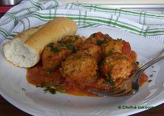 Masové koule s rajčatovou omáčkou Mince Meat, Tandoori Chicken, Nom Nom, Easy Meals, Food And Drink, Tasty, Ethnic Recipes, Kitchens, Quick Easy Meals