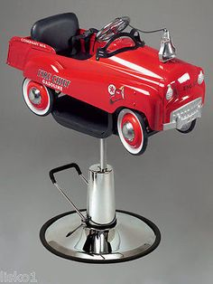 """PIBBS #1804 KIDS BARBER OR STYLING CHAIR """"FIRE ENGINE"""" PEDAL CAR"""