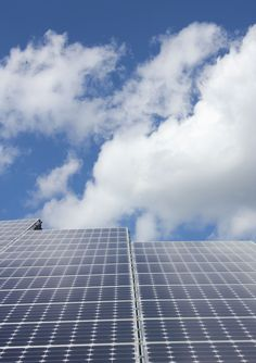 Solar Panel Energy System Solar power is known as a clean as well as cheap… Renewable Energy, Solar Energy, Solar Powered Heater, Save Our Earth, Off The Grid, Environmental Issues, Sustainable Design, Global Warming, Bouldering