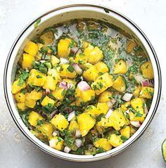 Salsa de Piña Picante (Spicy Fresh Pineapple Salsa)