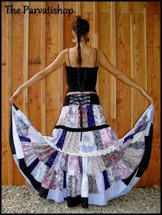 Jupe gitane boheme patchwork hippie boho maxi skirt dress upcycled de la boutique theparvatishop sur Etsy