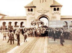 Incoronarea regilor Romanei - Alba Iulia Interesting Reads, Descendants, Edinburgh, Ww2, Royals, Queens, Dolores Park, Places To Visit, Travel