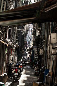 #Taipei Alleys by Akira Yeh