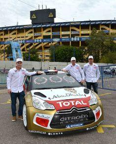 TOTAL y Citroën junto a Mads Ostberg, Jonas Andersson y Paul Nagle en la Bombonera
