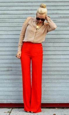 Look com Pantalona Vermelha