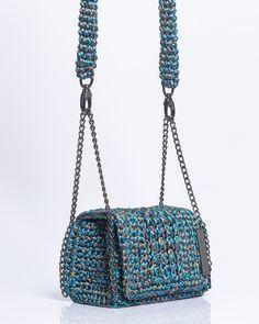 Knit Skirt, Bucket Bag, Macrame, Diy And Crafts, Barbie, Shoulder Bag, Purses, Knitting, Blue
