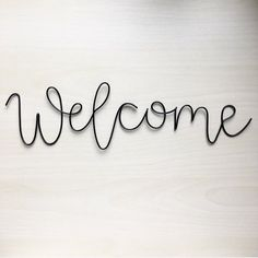 Handmade (black pictured) wire 'welcome' wall sign. Wire art, front do… Picture Wire, Black Picture, Boli 3d, Wire Wall Art, Decoration Entree, Wall Writing, Easy Diy Crafts, Wedding Signs, Decor Wedding