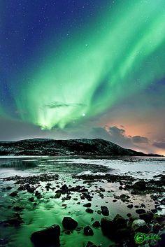 Astrophotos: Beautiful Aurora Over Norway