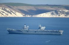 Pictures: Giant navy warship HMS Queen Elizabeth in Weymouth Bay Royal Navy, Us Navy, Blue Angels Planes, Weymouth Bay, Hms Ark Royal, Hms Queen Elizabeth, Navy Carriers, Navy Aircraft Carrier, Navy Ships