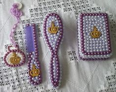 kit pente escova e saboneteira lilas Dollar Tree Gifts, Baby Shoes, Drop Earrings, Jewelry, Soap Holder, Hair Decorations, Brazilian Blowout, Baby Things, Made By Hands