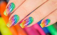 Simply Nailogical: Sparkly highlighter rainbow nail art, amazing that you can do this with a simple highlighter!