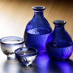 Tsugaru Vidro Glass Sake Set - tokkuri and guinomi. Free worldwide shiping from Japan.