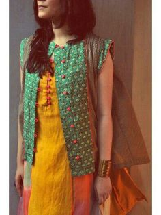 Love how a simple vest can change a very simple Indian outfit to something more trendy and modern Pakistani Dresses, Indian Dresses, Indian Outfits, Indian Attire, Indian Ethnic Wear, Kurti Patterns, Dress Patterns, Ethnic Fashion, Indian Fashion