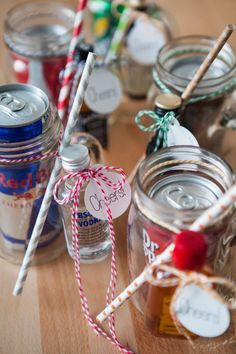 DIY // Mason Jar Cocktail Gift: I love this gift idea! Jack & Coke, Espresso with Cream & Baileys, Redbull & Vodka, Dr. Pepper & Fireball, Seven & Seven. cheap gift ideas, frugal gifts, cheap gifts