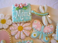 Gorgeous mom cookie!