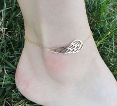 Gold Angel Wing Anklet, Ankle bracelet, Runners jewelry, Bird wing jewelry, Gold Anklet, Summer jewelry
