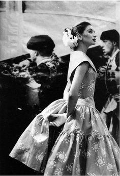 Suzy Parker photographed by Lillian Bassman for Harper's Bazaar, April 1955.