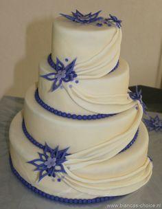 Drapes on a cake Beautiful Cakes, Cake Designs, Wedding Cakes, Cupcakes, Desserts, Food, Wedding Ideas, Google, Blue