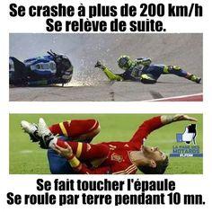 Se crashe à plus de 200 Km/h se relève de suite !  Se fait toucher l'épaule , se roule par terre pendant 10 minutes !