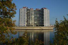 Metropolis, Sluseholmen http://philsspaces.com/2014/08/15/sluseholmen-8-years-on/