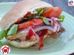 Il kebab è un piatto, a base di carne, tipico dellacucina turca, divenuto popolare in tutto il mondo. Visto che lo adoro ho provato a farlo...