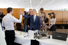 Mayor Rahm Emanuel high fives IIT student on his project at Innovation Center Press Conference by Illinois Tech, via Flickr  #IIT #RahmEmanuel