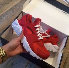 buy popular b1346 b67a6 Haraches Shoes, Shoes 2016, Red Nike Shoes, Shoes Sneakers, Me Too Shoes