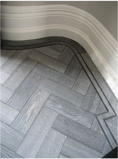 Chevron Parquet Flooring - Luxury At Every Step Timber Flooring, Parquet Flooring, Kitchen Flooring, Laminate Flooring, Floor Design, Tile Design, House Design, Design Design, Riad Marrakech