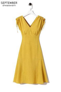 Fashion Tips 2018 .Fashion Tips 2018 Cute Dresses, Beautiful Dresses, Casual Dresses, Summer Dresses, Robes Vintage, Vintage Style Dresses, Indian Designer Outfits, Designer Dresses, Fashion Sewing