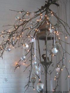 Читайте також також Різдвяні шкарпетки для подарунків 50 фото-ідей Різдвяна підвіска з паперу. Схема витинанки Різдвяні віночки з лози 25 фото Новорічний декор з мішковини … Read More