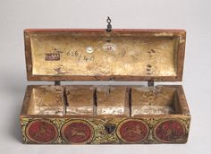 Painted Box for Game Pieces - Upper Rhine, Germany - c. 1300 - Interior View