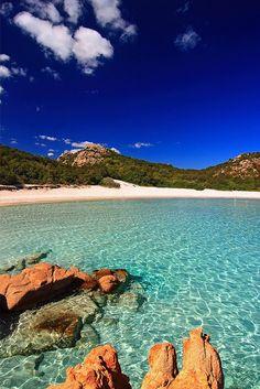 Costa Esmeralda in #Italy, a beautiful coastal area and tourist destination in northern #Sardinia.