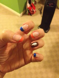 Denver Broncos nails Denver Broncos Nails, Football Nails, Football Stuff, Sns Nails, Cute Nails, Acrylic Nails, Short Nail Designs, Toe Nail Designs, Nails Design