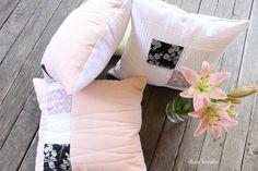 Quilt Pattern, Bed Pillows, Pillow Cases, Quilt Pillow, Linen Fabric, Creative, Pillows, Quilt Patterns, Quilt Blocks