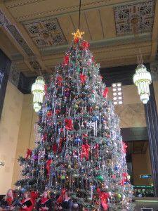 Durham Museum Omaha Christmas Tree