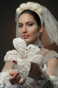 An almost classical bridal bouquet. OOAK от RattleTattleAround
