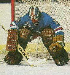 John Davidson, New York Rangers goalie. Hockey Shot, Ice Hockey Teams, Hockey Goalie, Hockey Games, Hockey Players, Hockey Stuff, John Davidson, New York Rangers, Ice Hockey