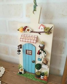 1 million+ Stunning Free Images to Use Anywhere Miniature Crafts, Miniature Dolls, Diy Arts And Crafts, Diy Crafts For Kids, Diy Fairy Door, Barn Wood Crafts, Mini Doll House, Frame Crafts, Polymer Clay Crafts