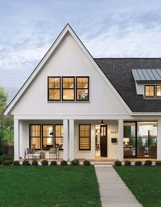 Cottage Exterior, Modern Farmhouse Exterior, Dream House Exterior, Farmhouse Kitchens, Cottage Design, House Design, Contemporary Cottage, Modern Cottage Style, Farmhouse Windows