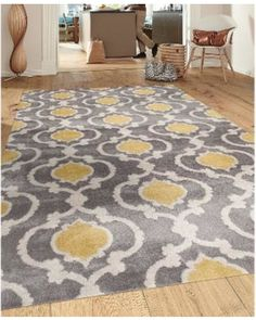 """Moroccan Trellis Contemporary Gray/Yellow 5 ft. 3 in. x 7 ft. 3 in. Indoor Area Rug (310 Gray Y. 5'3""""X7'3""""), Grey, Size 5'3 x 7'3 (Polypropylene, Geometric) from Overstock   BHG.com Shop"""